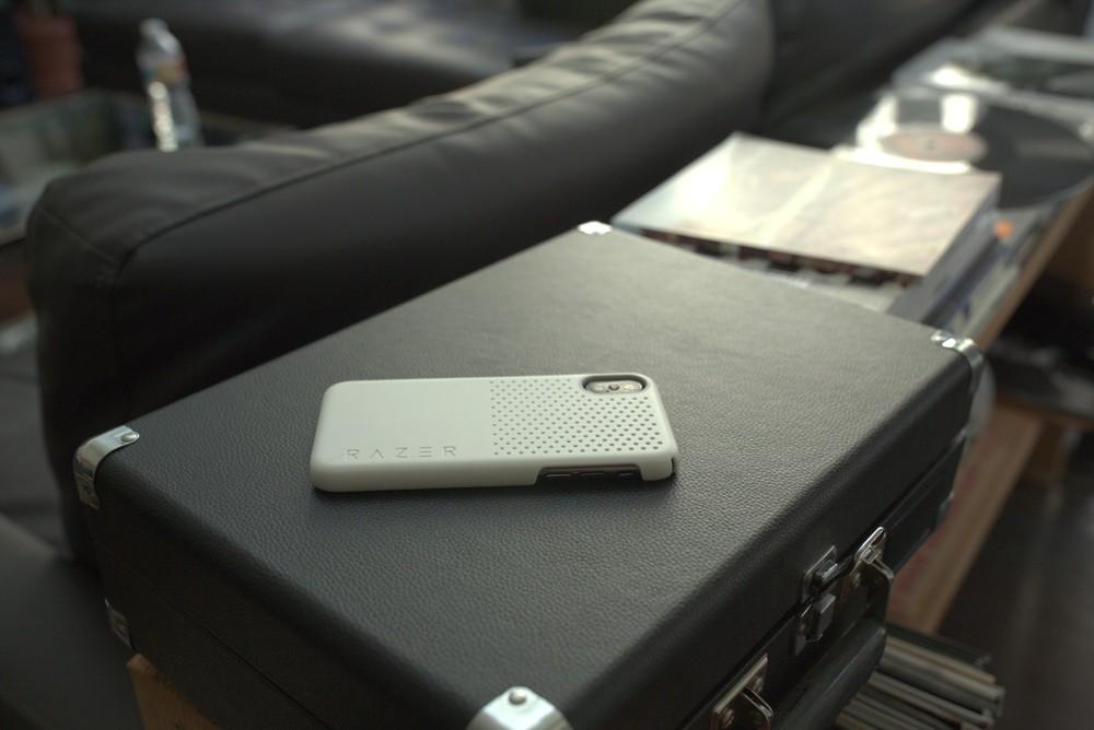 Razer Arctech Slim e Pro: custodie iPhone 11 pensate al gaming 4