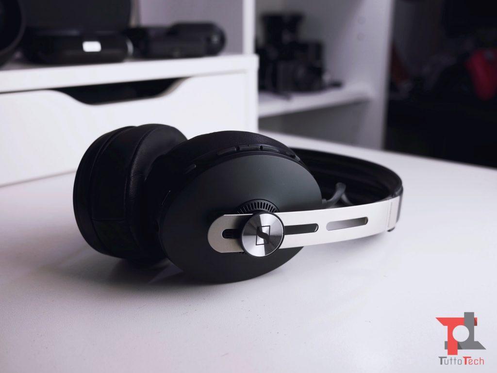 Recensione Sennheiser Momentum Wireless (ANC): il guanto di sfida a Bose e Sony 6