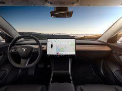 Tesla aggiornamento 10.0