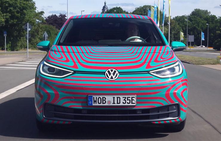 Volkswagen presenta ID.3, la prima auto elettrica dell'azienda 1