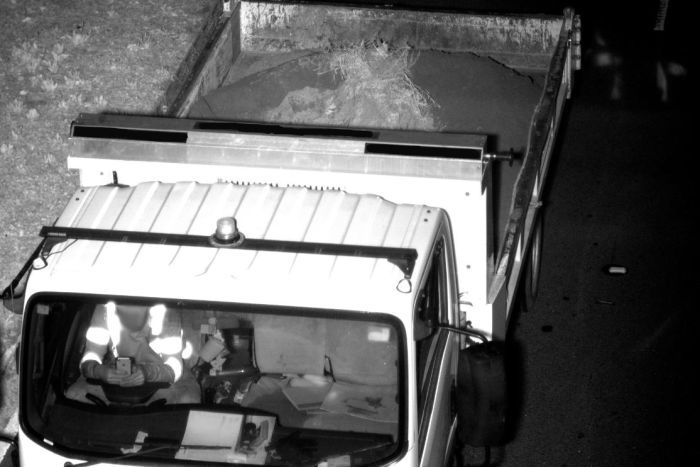 uso smartphone alla guida sul camion