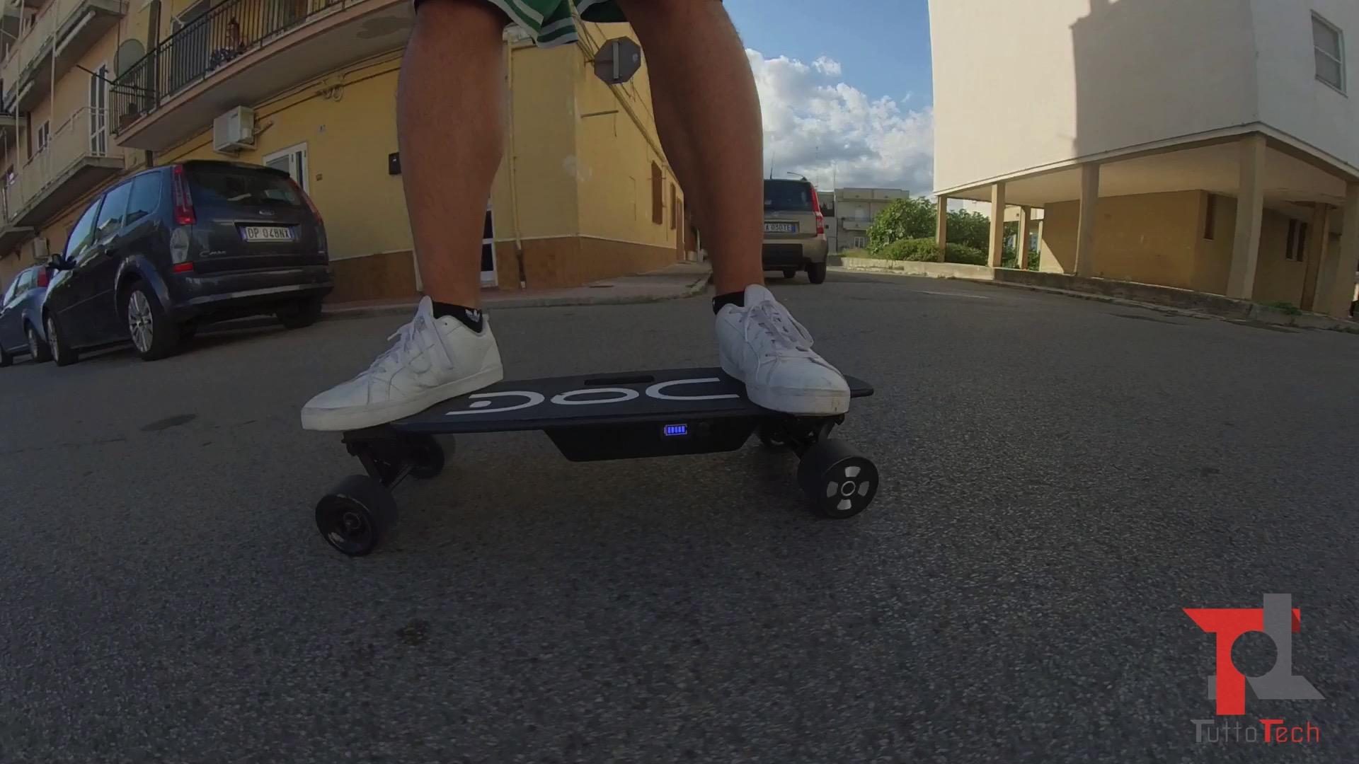 Recensione Nilox Doc Skate Plus: lo skateboard elettrico sempre con sé 4