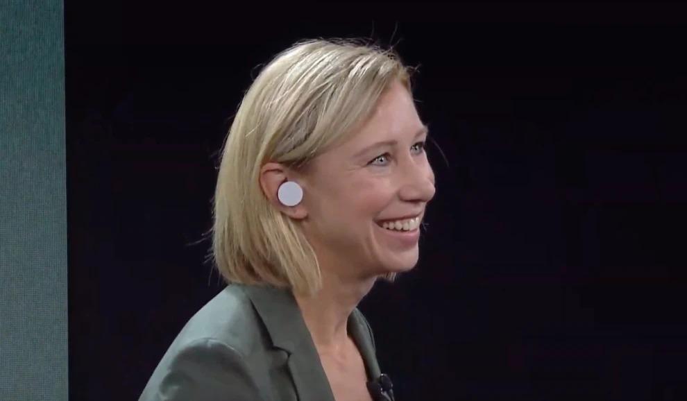 Microsoft Surface Earbuds sono i primi auricolari true wireless di Redmond 1