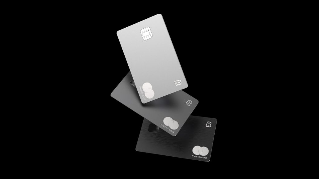 Le carte Revolut Metal ora sono disponibili nei colori Silver e Space Grey 1