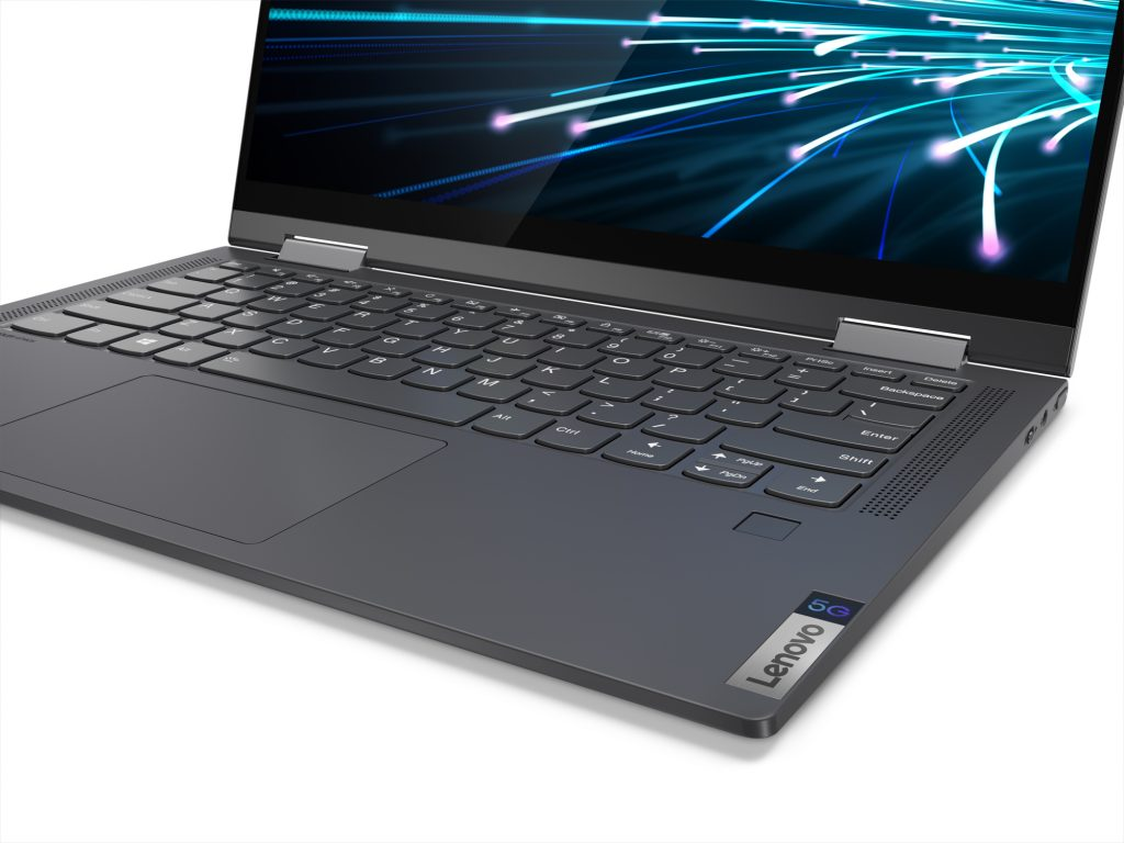 Novità Lenovo al CES di Las Vegas: ThinkPad X1 Fold pieghevole, Yoga con connettività 5G e ThinkBook Plus con display e-ink 6