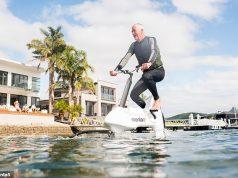 Hydrofoiler XE-1 è la bici elettrica per sfrecciare sull'acqua