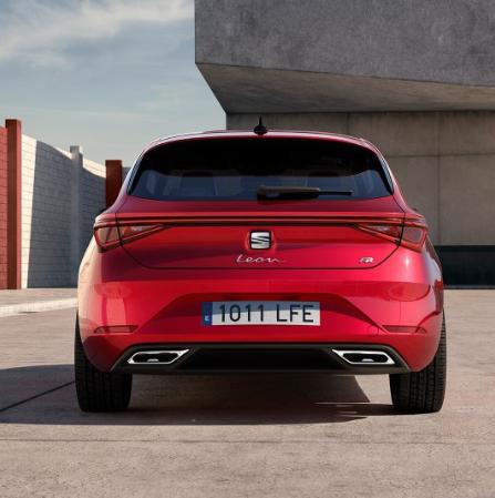 La nuova Seat Leon 2020 è qui, è piena di tecnologia ed è anche ibrida 5