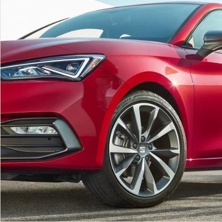 La nuova Seat Leon 2020 è qui, è piena di tecnologia ed è anche ibrida 4