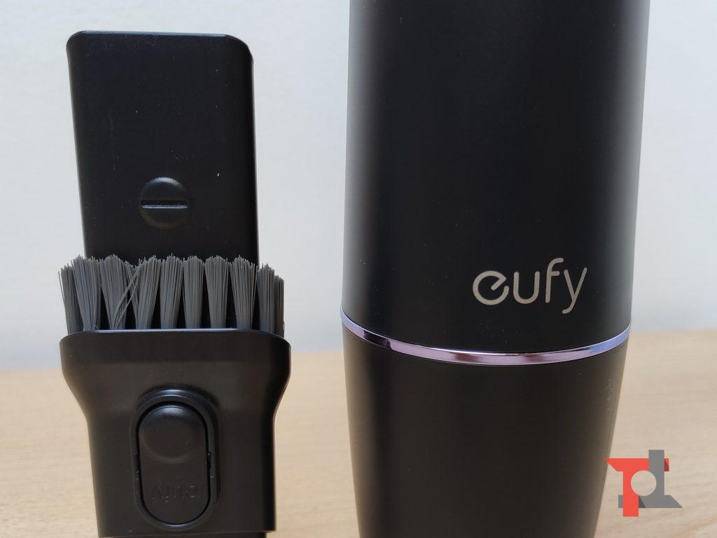 Recensione eufy HomeVac H11, il piccolo aspirapolvere da scrivania 1