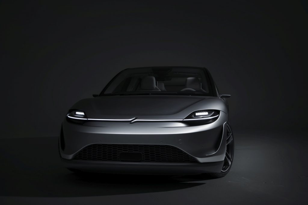 Sony sorprende al CES con il concept di un'auto elettrica dal nome Vision S 3