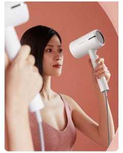 Xiaomi lancia Deerma Multifunctional Hair Dryer, l'asciugacapelli due in uno 1