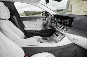I sensori capacitivi arrivano a bordo della nuova Mercedes Classe E: a cosa servono? 1