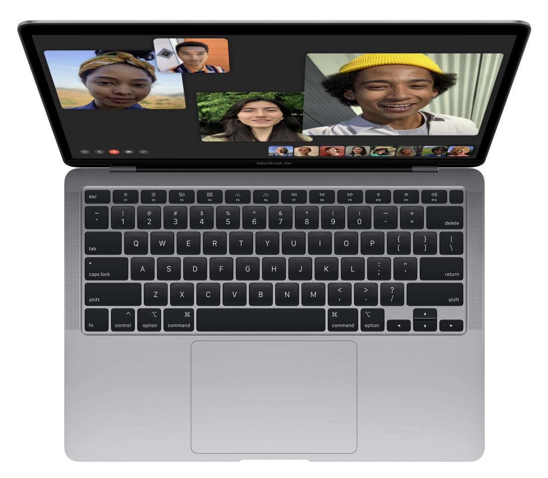 Apple presenta il nuovo MacBook Air, con schermo Retina e Magic Keyboard 7