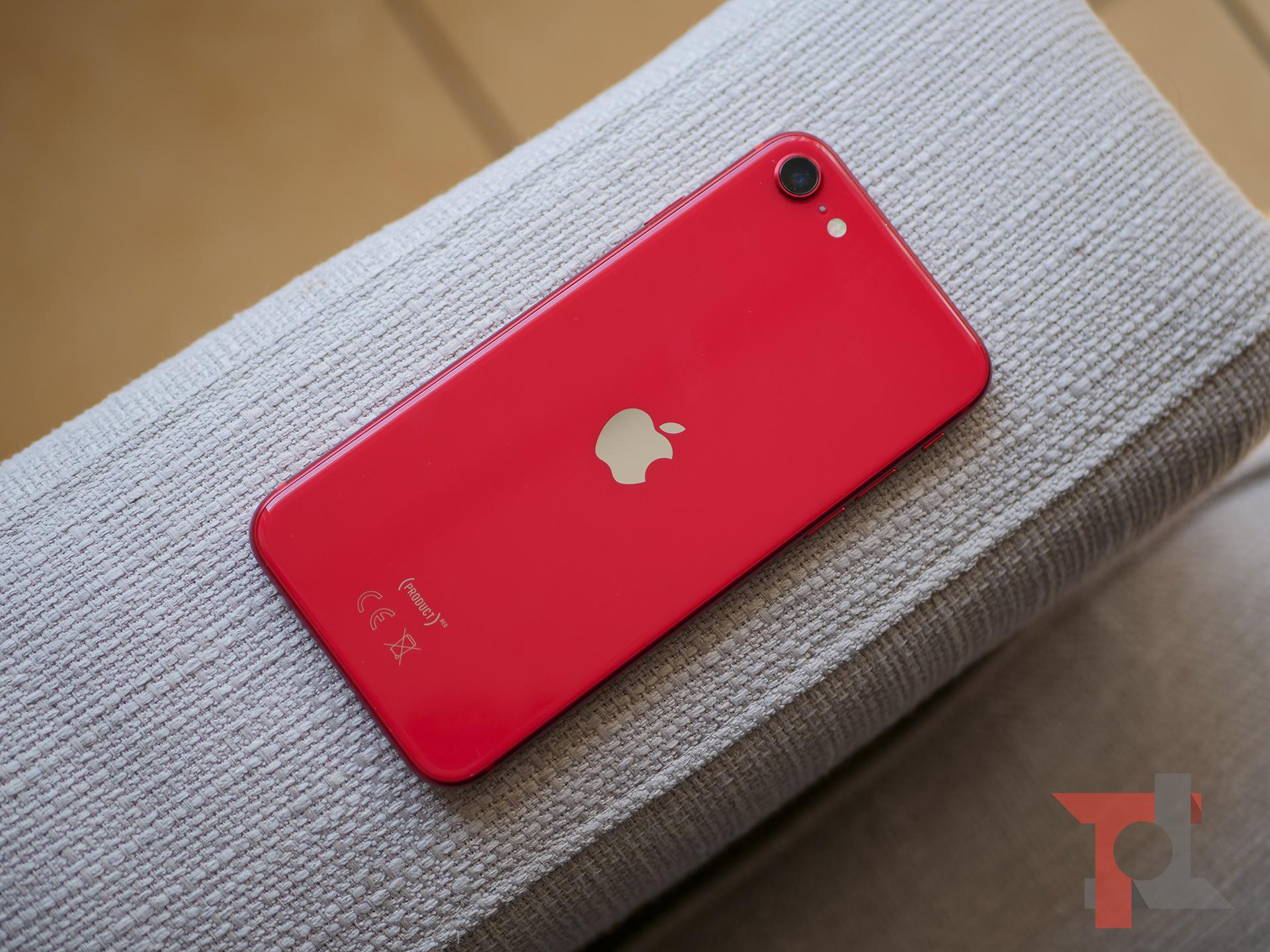 Recensione iPhone SE 2020: per chi deve cambiare, ma non vorrebbe 1