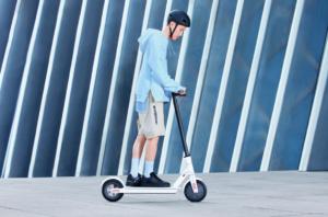Xiaomi Mi Electric Scooter 1S ufficiale in Cina, presto in Italia: i dettagli 2