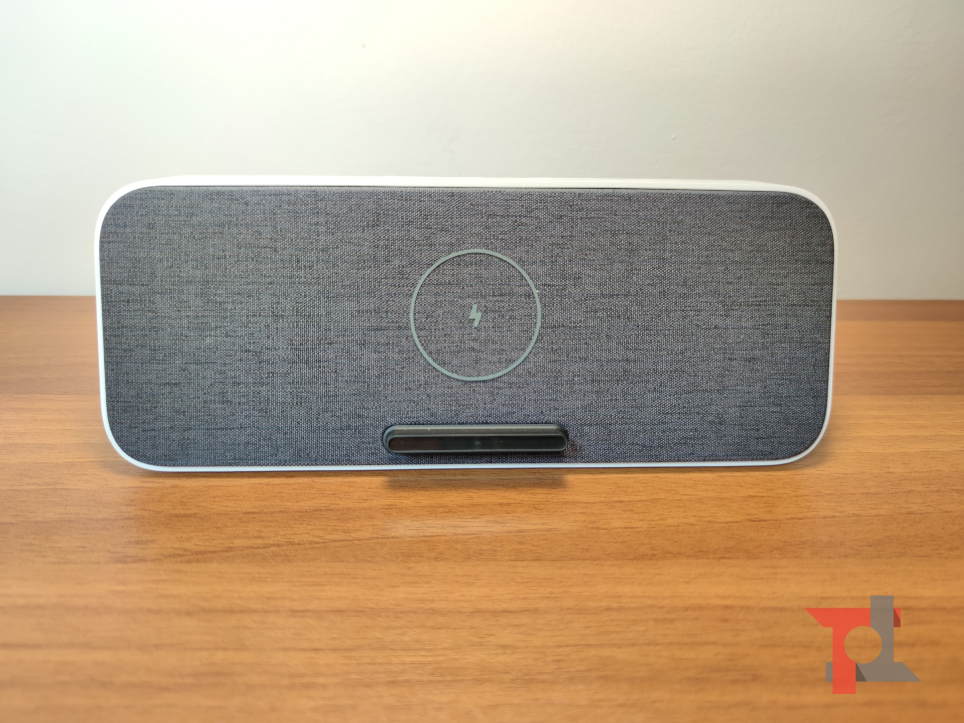 La nostra prova di Xiaomi Bluetooth speaker con ricarica wireless a 30 W 1