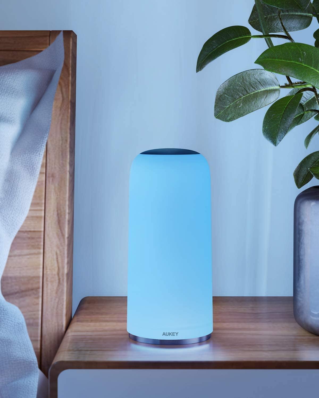 Questa lampada da tavolo Aukey è ricca di funzioni e crea magnifiche atmosfere: l'abbiamo provata 1