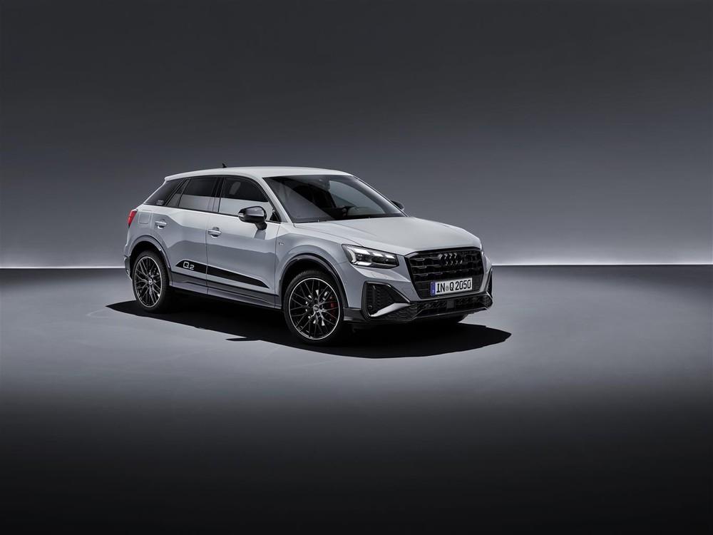 Lieve restyling per Audi Q2 2021: motori, tecnologia e prezzi 1