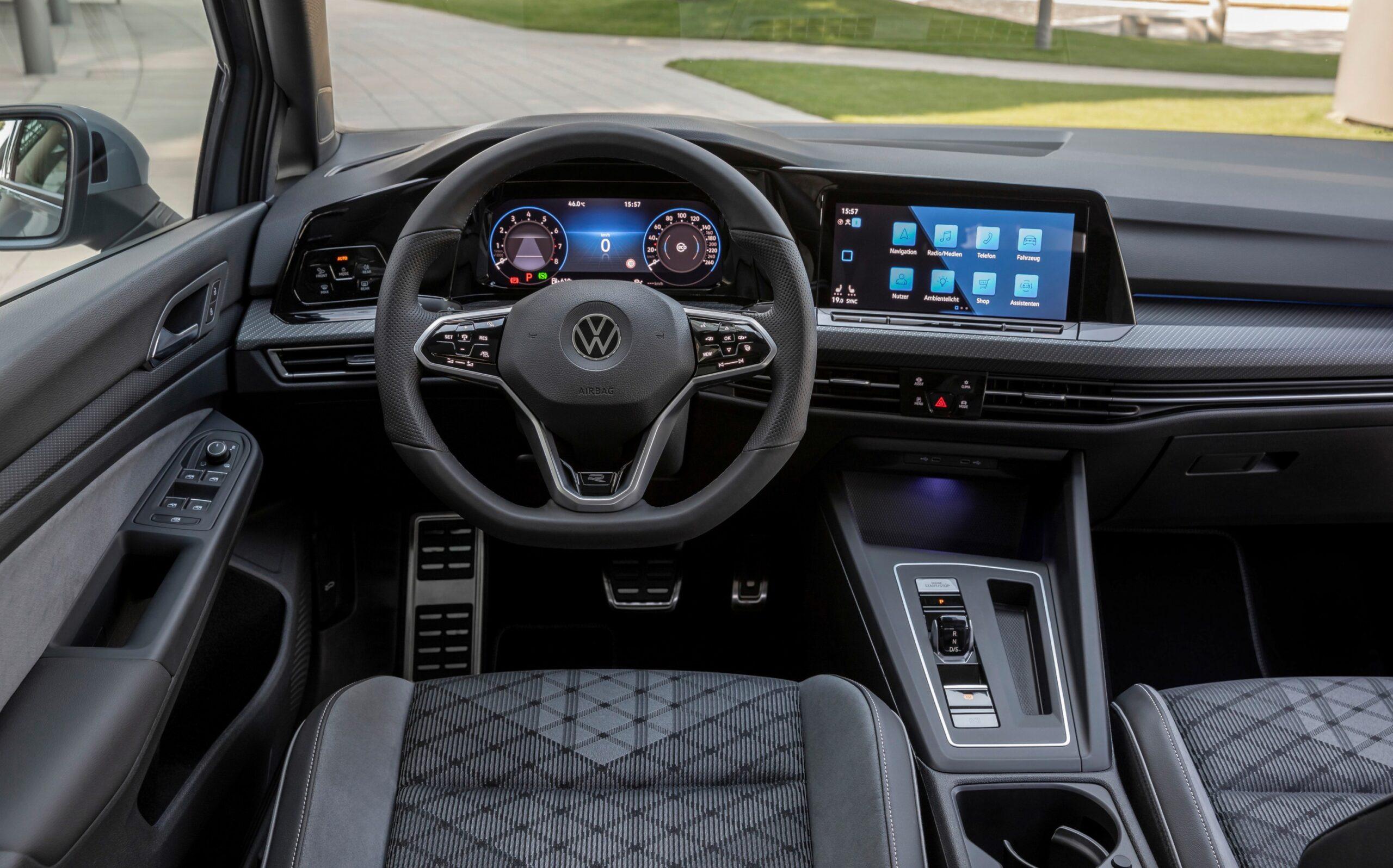 Si amplia l'offerta ibrida di Volkswagen Golf ed è in arrivo una novità 3