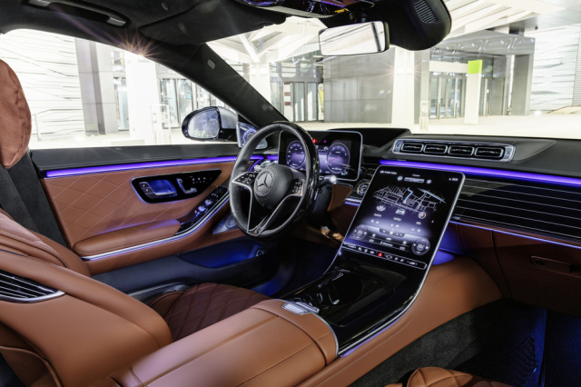 Mercedes Benz Samsung SmartThings