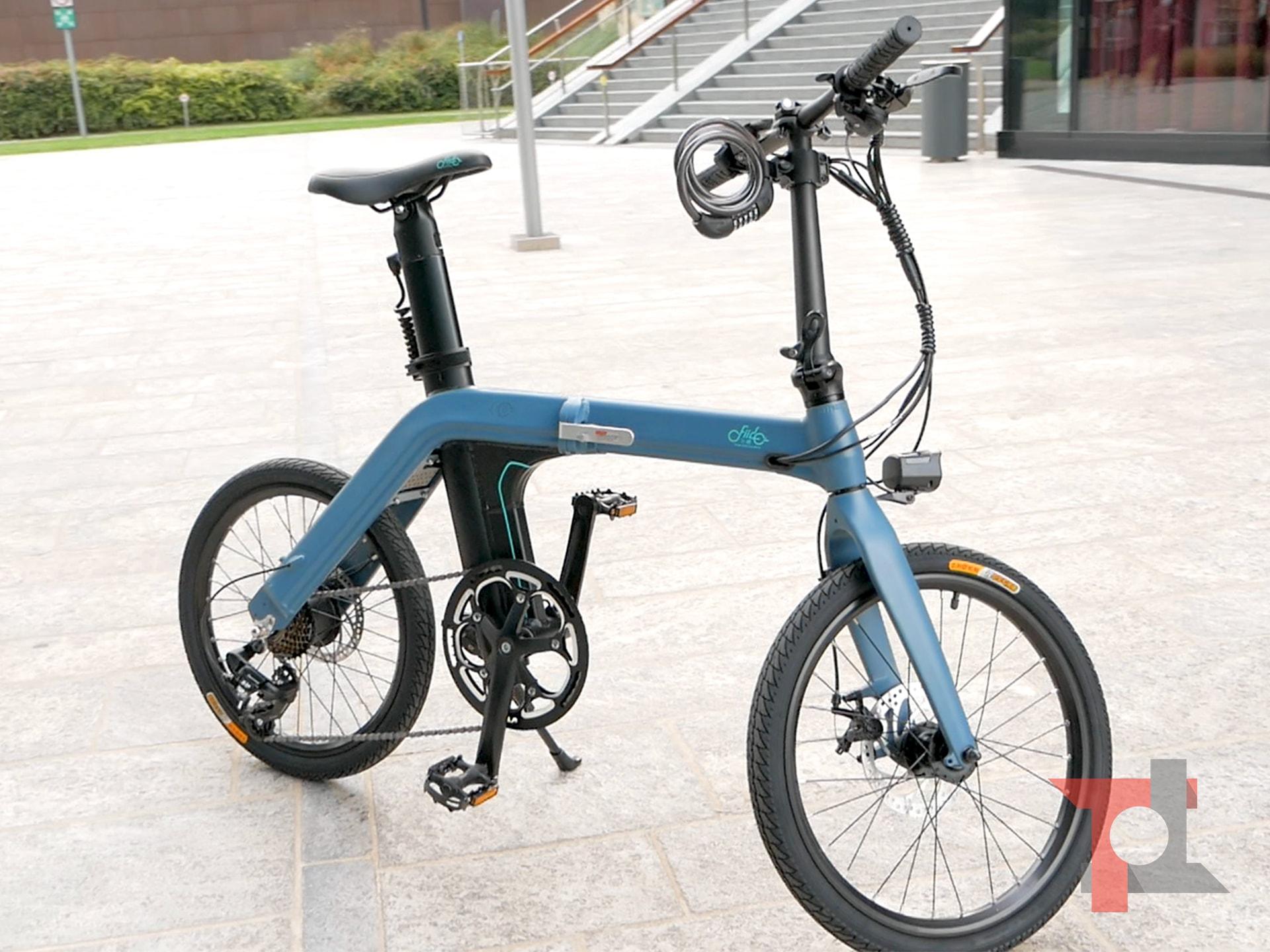 La bici elettrica pieghevole con 100 Km di autonomia ...