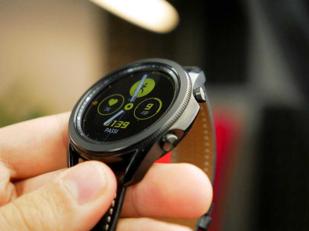 Recensione Samsung Galaxy Watch 3: ha davvero pochi rivali 4