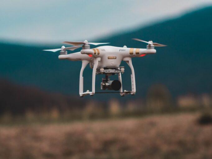 drone copertina