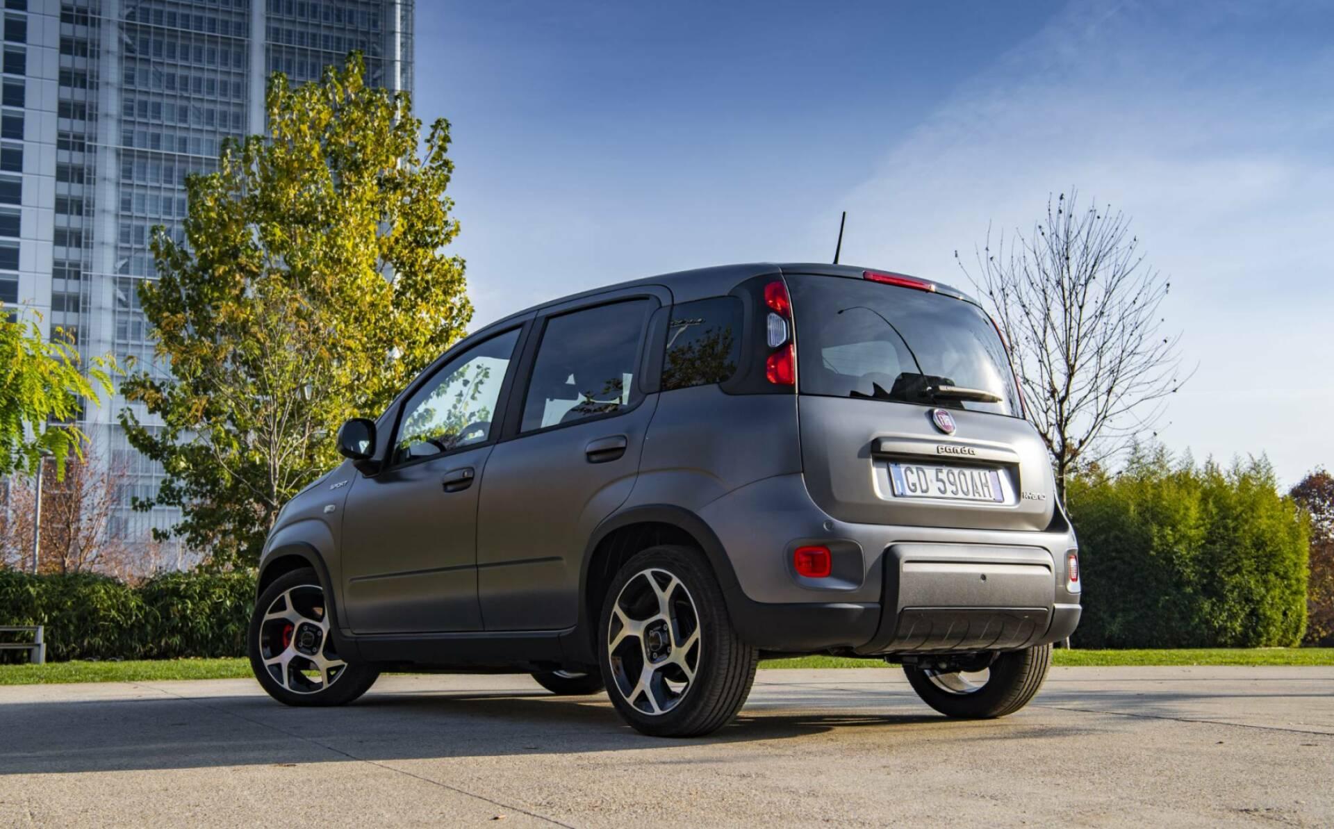 Fiat Panda Sport e Fiat Tipo Sport al debutto: motorizzazioni e dettagli 2