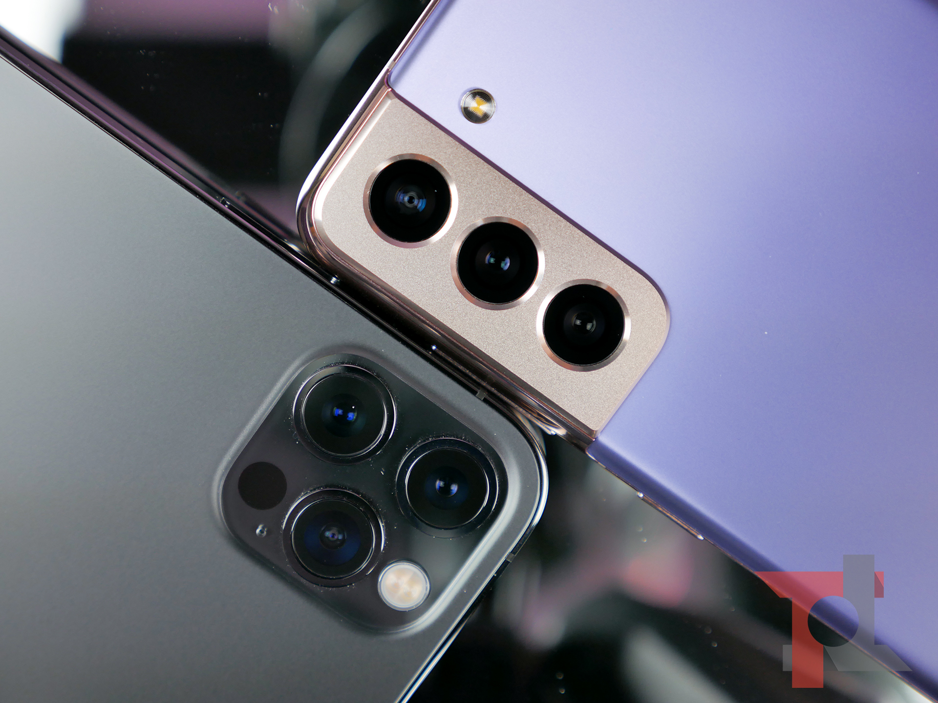 iPhone 12 Pro vs Samsung Galaxy S21: il confronto più atteso del 2021 7