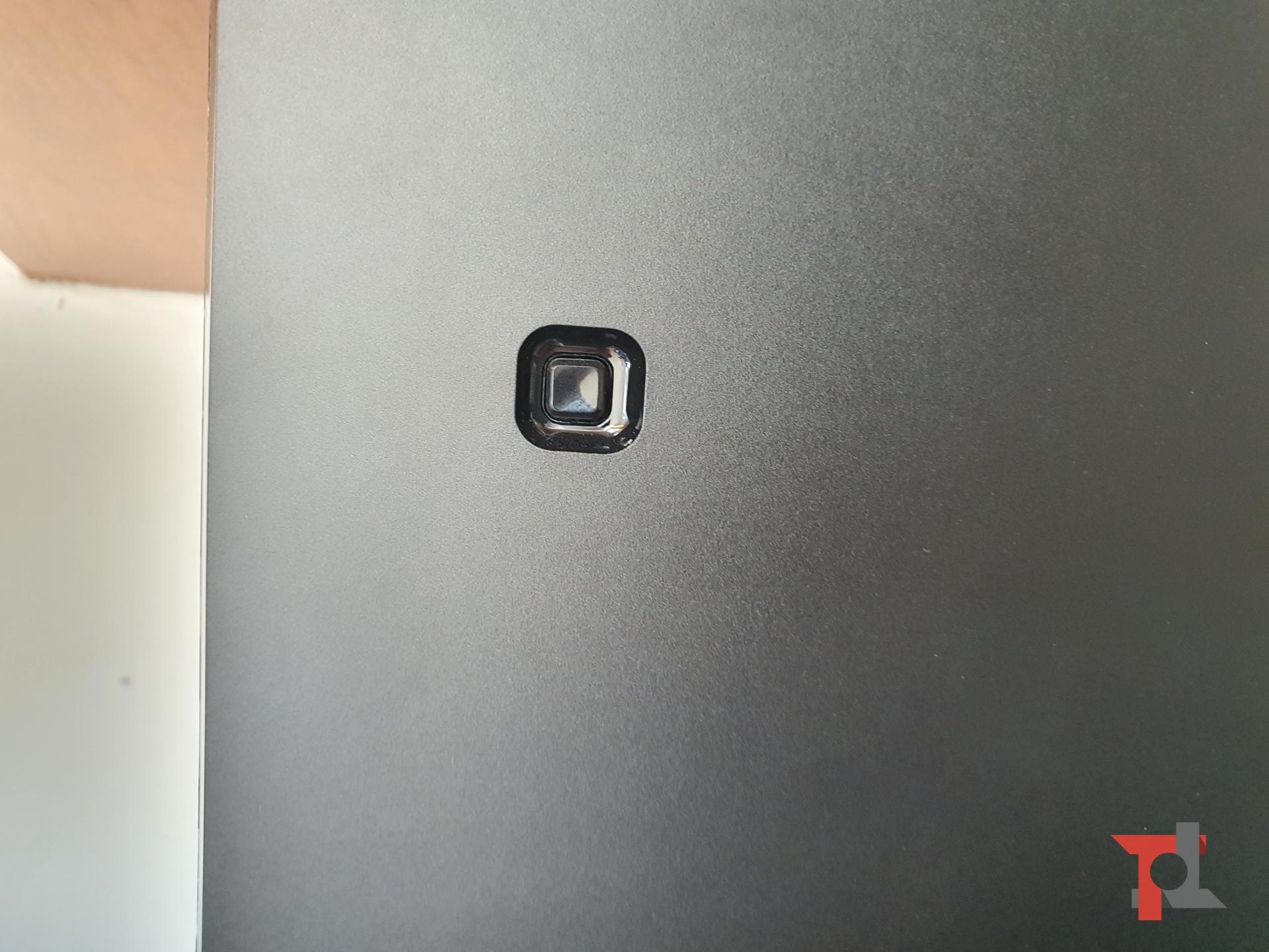 """Un monitor da 43""""per l'ufficio? Abbiamo provato il Philips 436M6VBPAB con risoluzione 4K 2"""