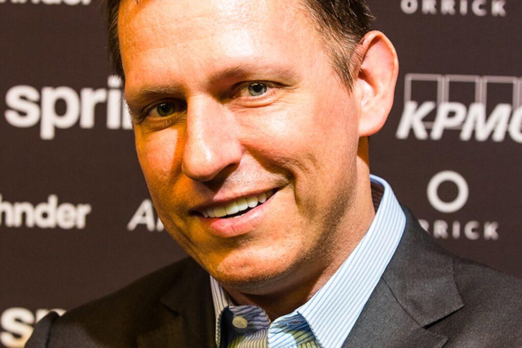 Peter Thiel critiche Apple Cina