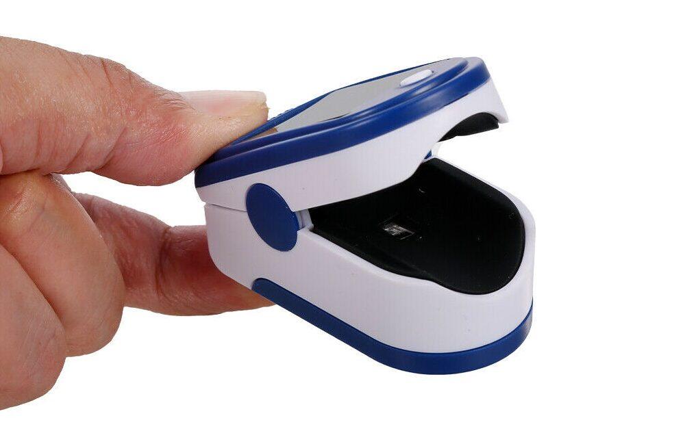 Questo piccolo strumento vi permette di conoscere in pochi secondi l'ossigenazione del sangue 1