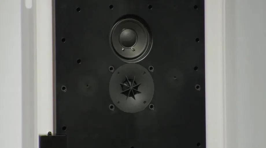 Ikea e Sonos presentano uno speaker Wi-Fi artistico da appendere come un quadro 3