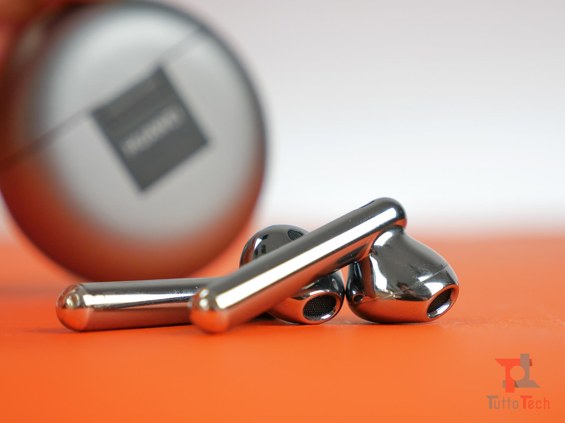 Recensione Huawei FreeBuds 4: cuffie non in-ear di qualità, Band 6 in regalo 3