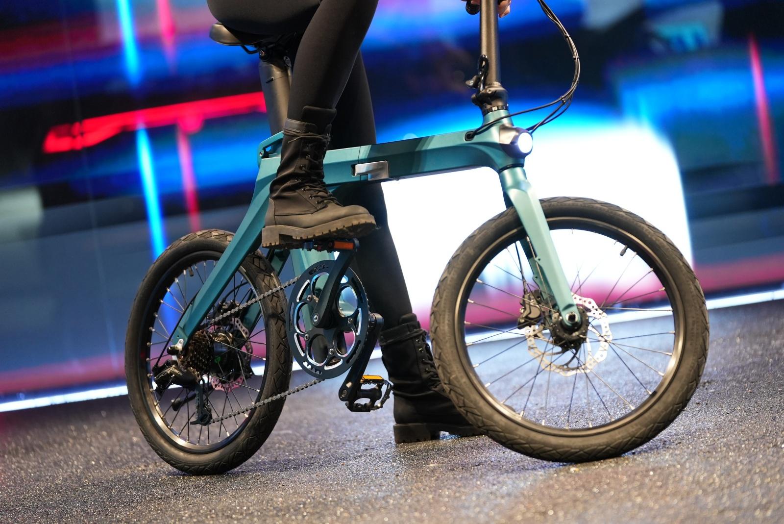 Fiido X, presto su Indiegogo, ridefinisce l'estetica delle bici elettriche 1