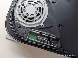 Come aggiungere un SSD alla PlayStation 5 4