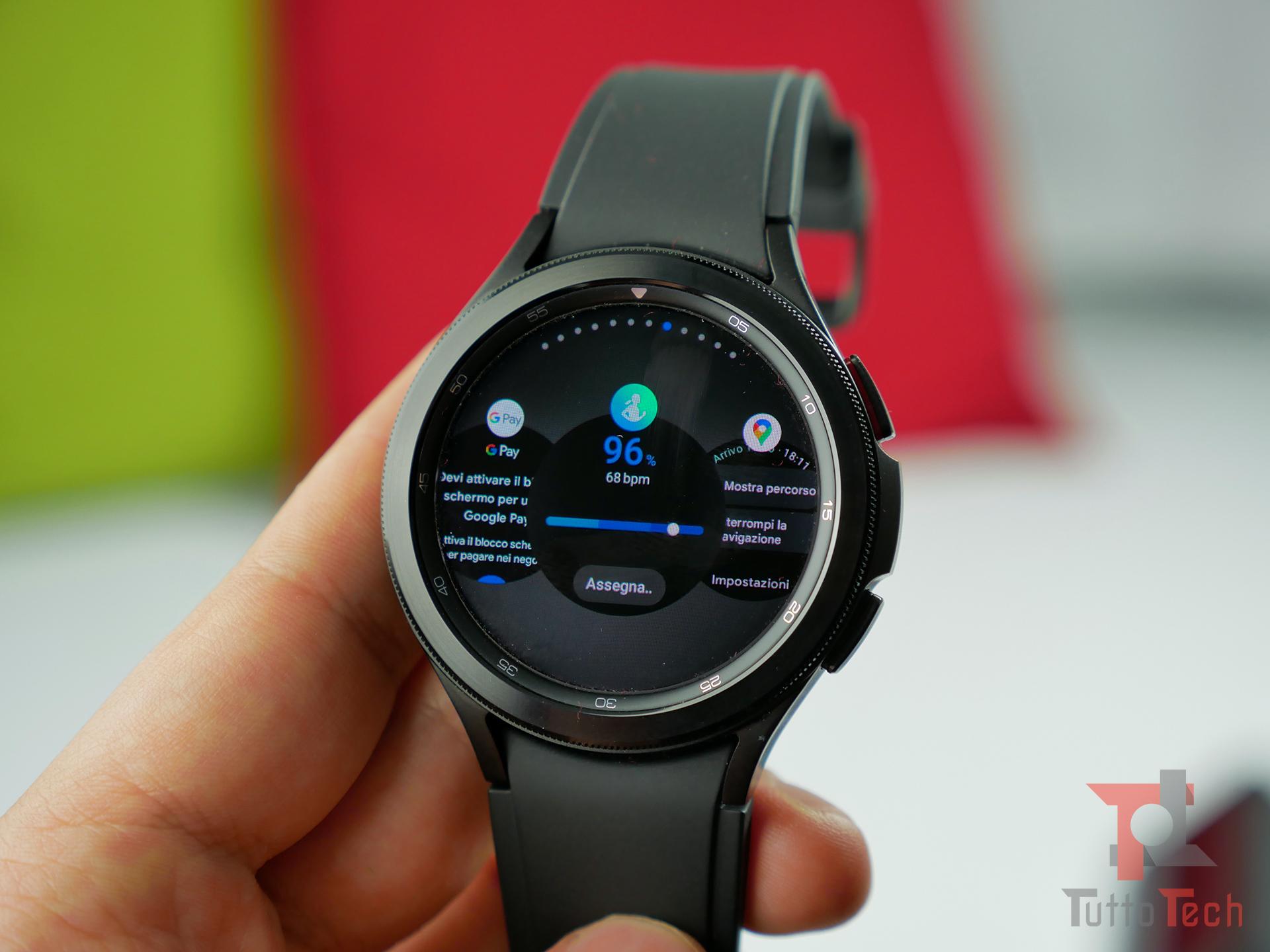 Recensione Samsung Galaxy Watch4 (Classic): nuovi sensori e nuovo OS, sorprende! 3
