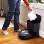 Il nuovissimo Roomba di iRobot evita anche gli escrementi del cane 9